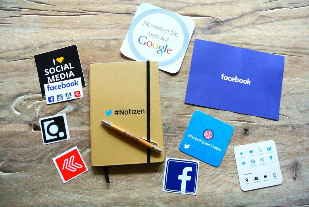 Traditional vs. Online Advertising which is better for your business?